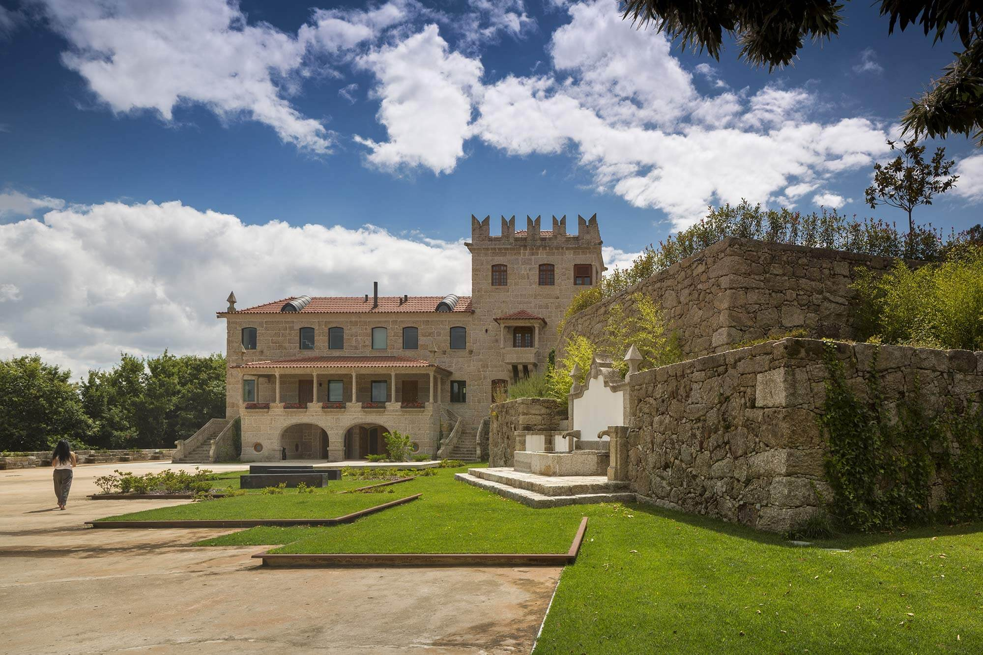 Guimarães House |es1arq | Mota-Engil